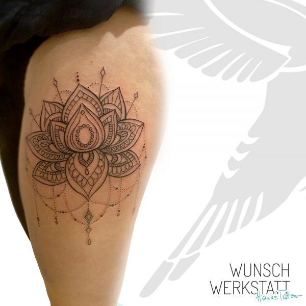 Tattoo Henna Kettchen Oberschenkel Lotusblüte