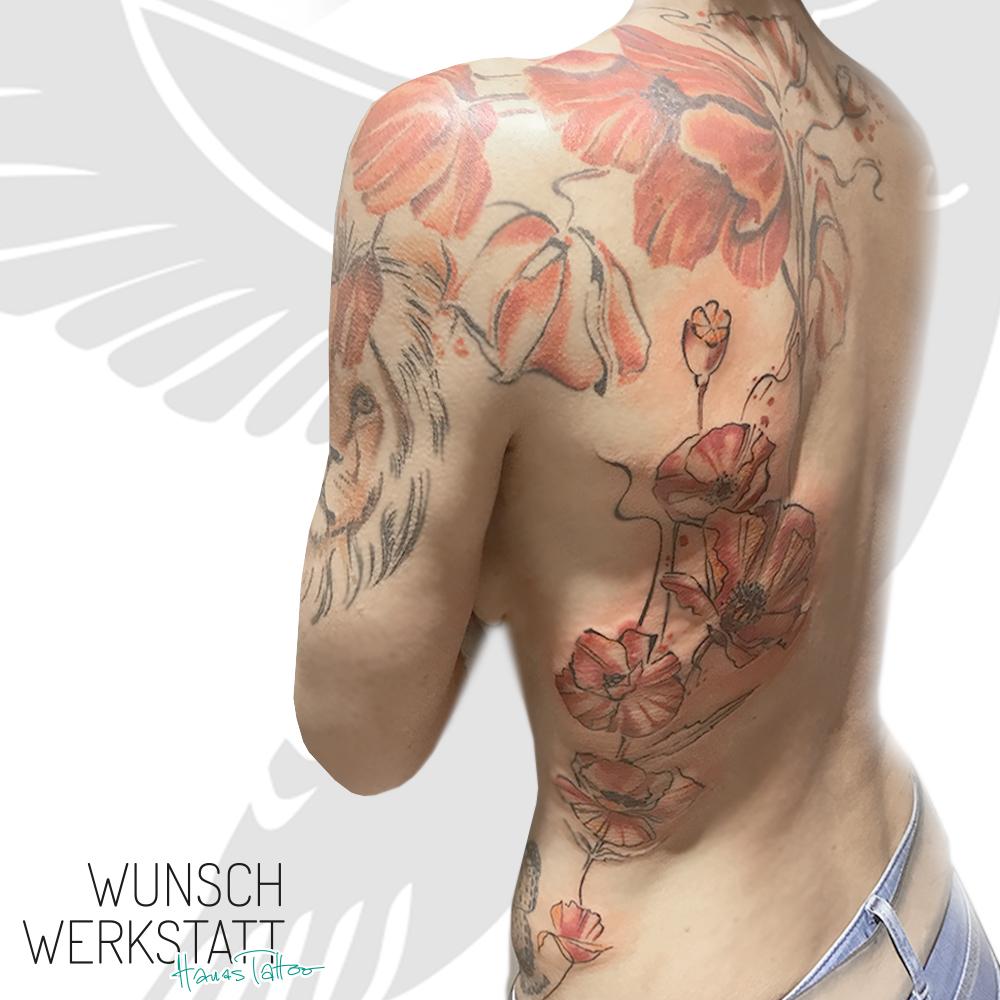 Tattoo Backpiece Löwe Mohnblumen Aquarell
