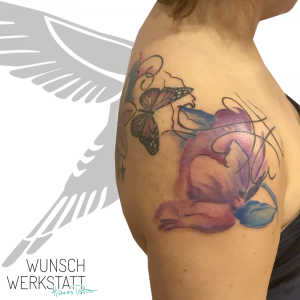 Hana Tattoo Aquarell Blumen