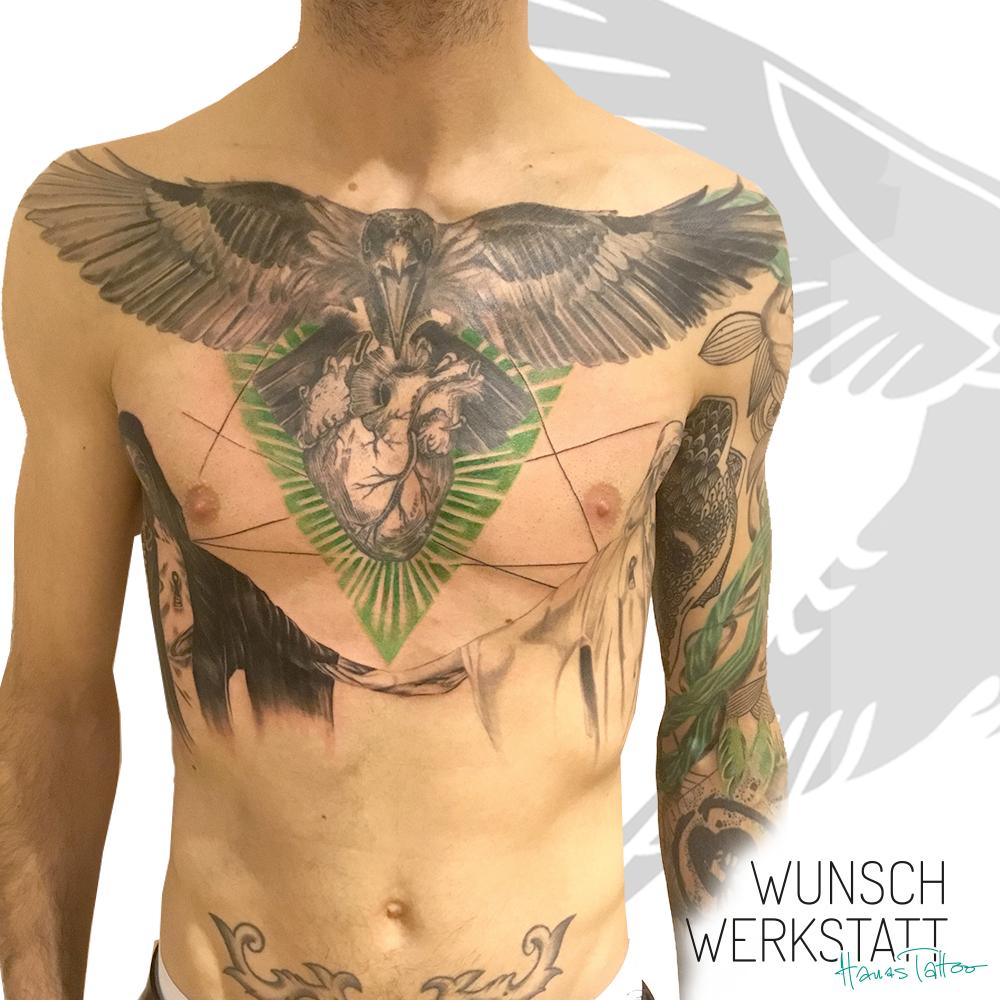 Raabe und Herz Oberkörper Tattoo (ähnlich wie Trash Polka) grün