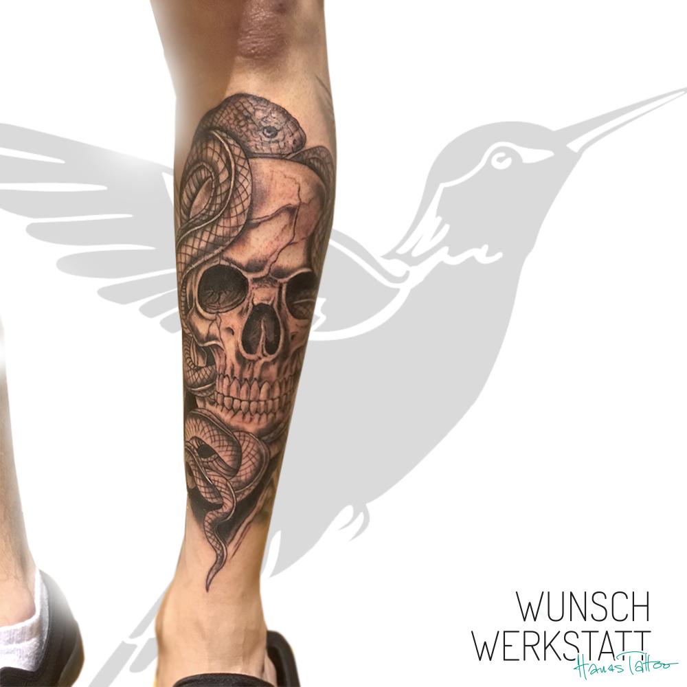 Schlangentattoo, Schädel Tattoo von Hanas Wunschwerkstatt