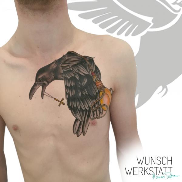 Cover Up Hanas Wunschwerkstatt Tattoo vom R zum Raben