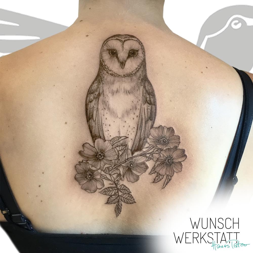 Tattoo von Hana aus der Wunschwerkstatt (Eule auf Rücken)