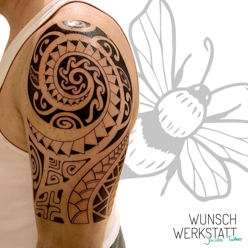 Jacob Wunschwerkstatt Würzburg Maori Oberarm Tattoo
